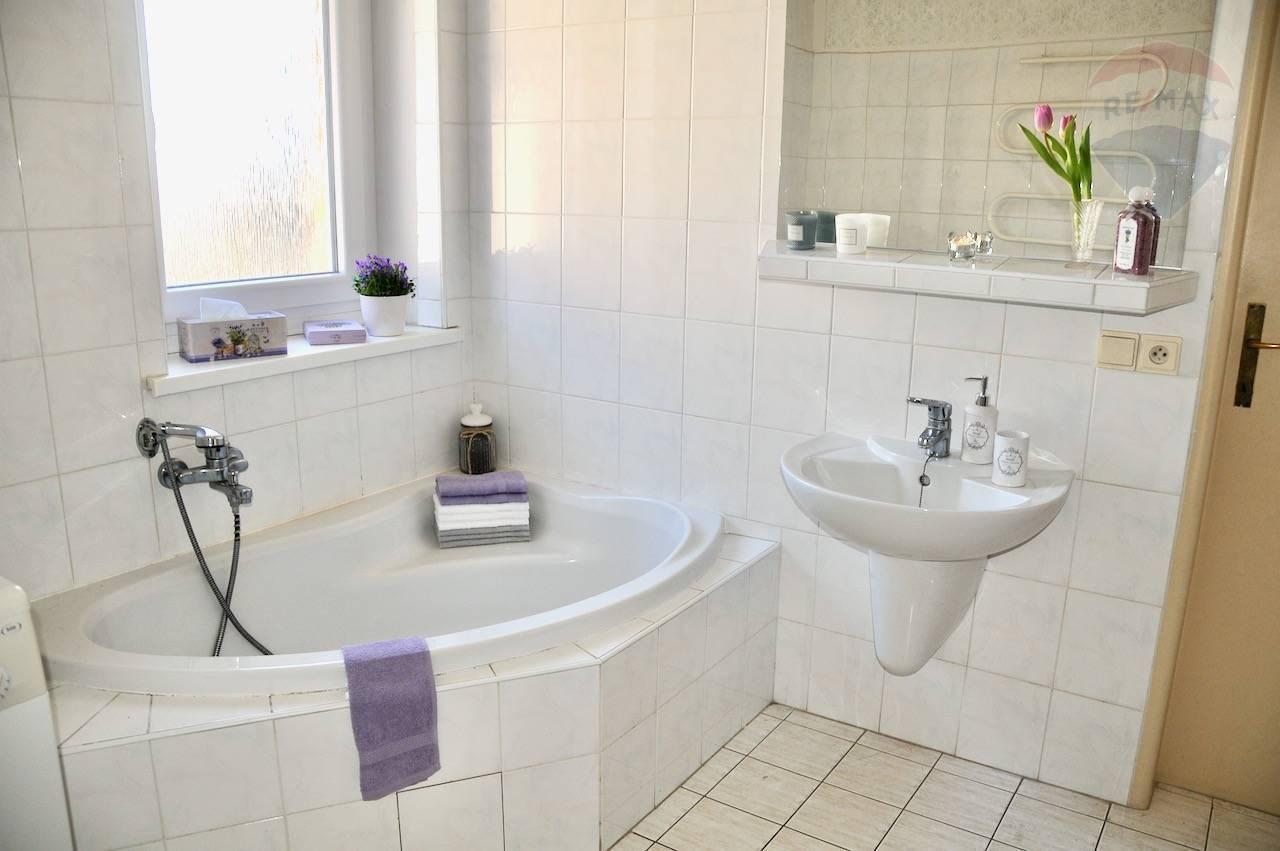Predaj domu 200 m2, Prievidza - predaj rodinný dom Bojnice okr. Prievidza