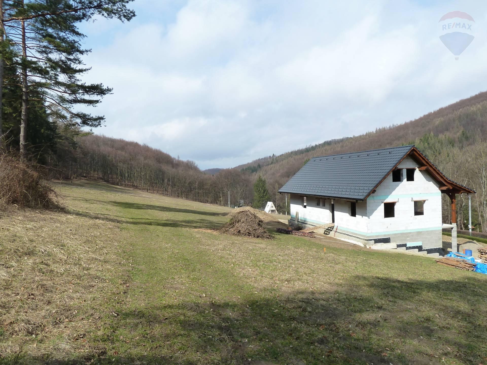 Predaj rekreačnéj chaty Ilava - Iliavčanska dolina