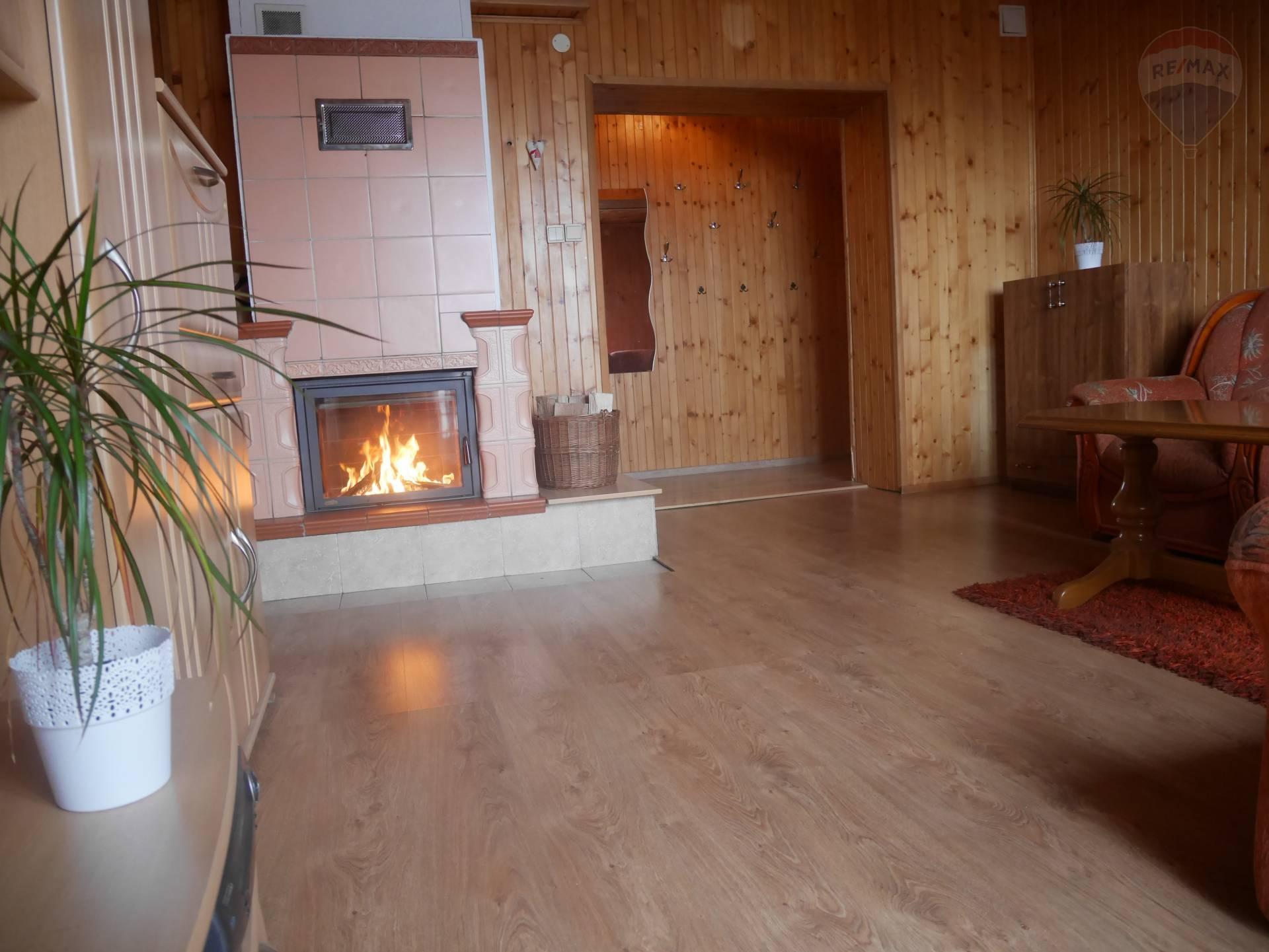 Predaj bytu (3 izbový) 69 m2, Prievidza -