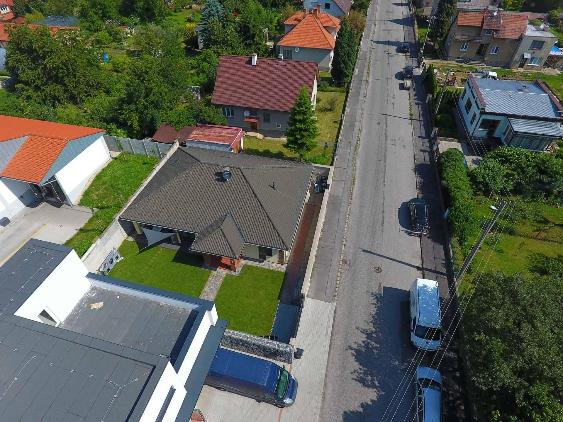Rodinný dom na ul. Ľ. Štúra, širšie centrum  - vyhľadávaná lokalita mesta PRIEVIDZA