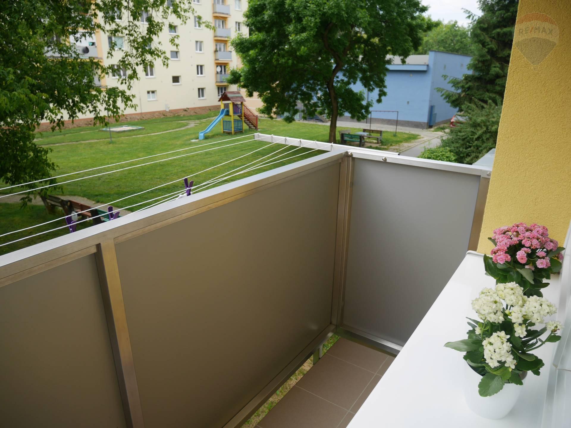 2. izbový byt na predaj alebo výmenu, staré sídlisko v Prievidzi, 58m2, balkón, výťah
