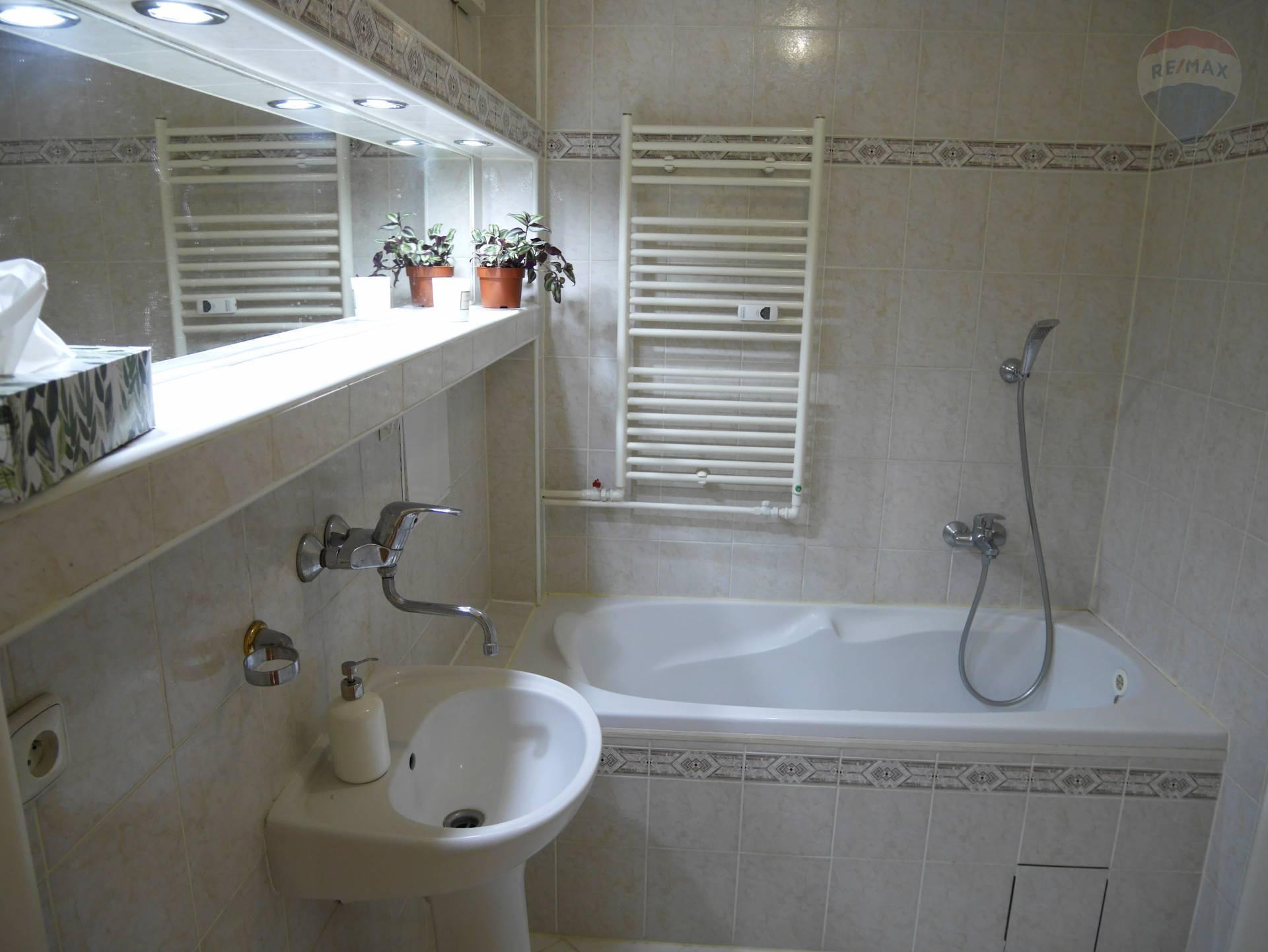 Predaj 2 izbový byt Staré sídlisko, 66 m2, Prievidza