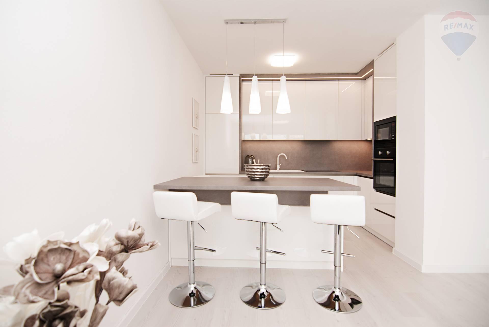 Prenájom 2-izb. bytu pod Krásnou hôrkou - Bratislava