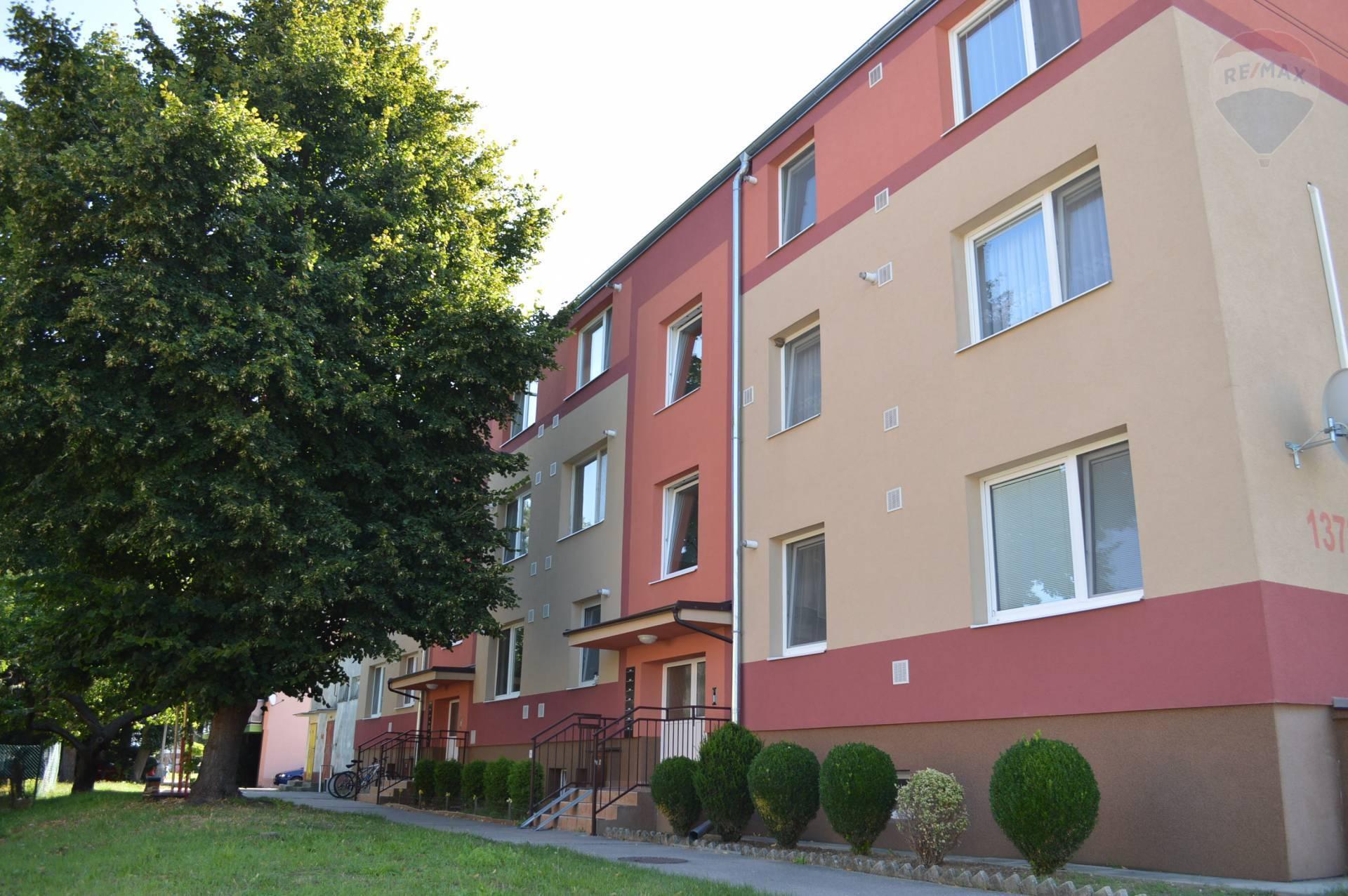 Zrekonštruovaný 2-izb.byt s vlastným kúrením – Gbely