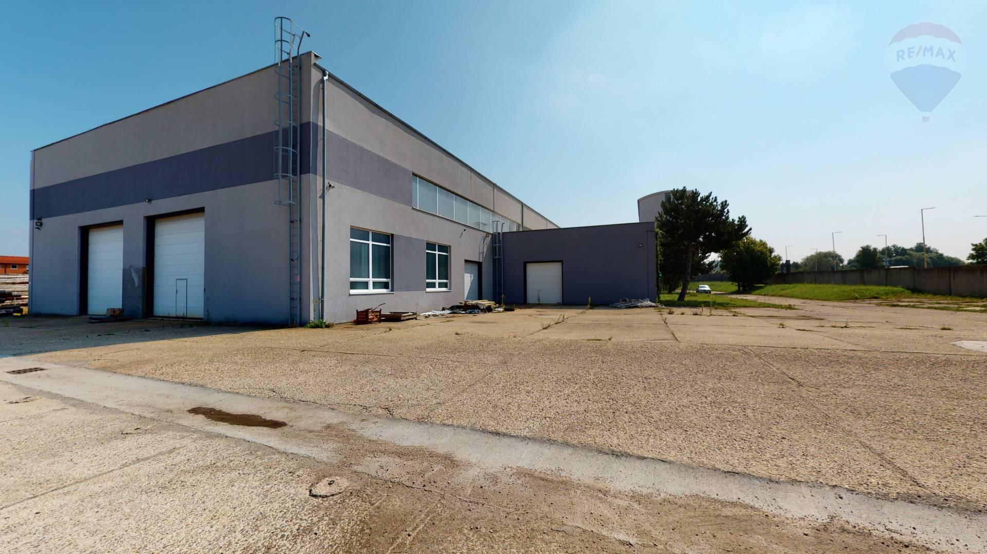 Predaj komerčného objektu 2536 m2, Holíč -
