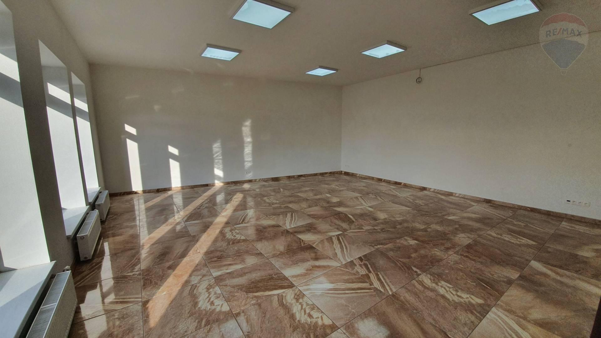 Prenájom priestoru v Skalici - 60 m2