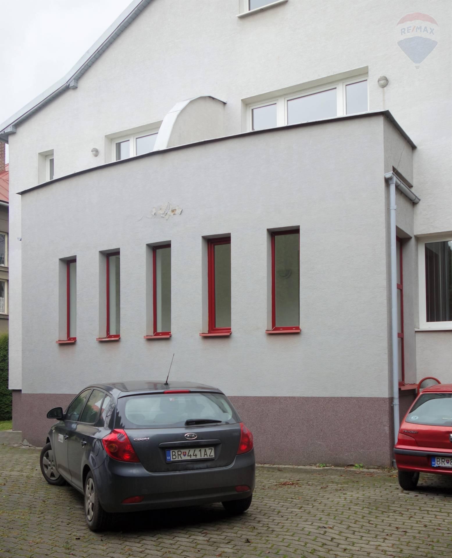 Predaj domu 429 m2, Brezno -