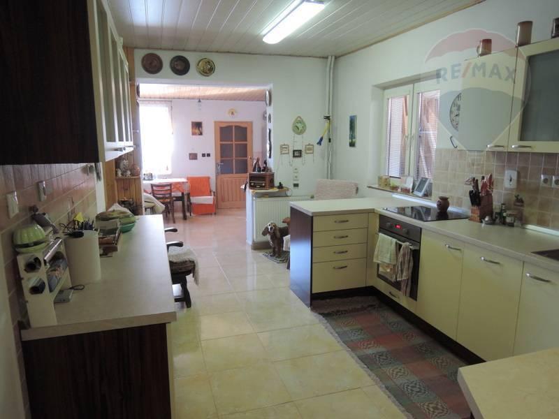 Predaj domu 250 m2, Bystrá -
