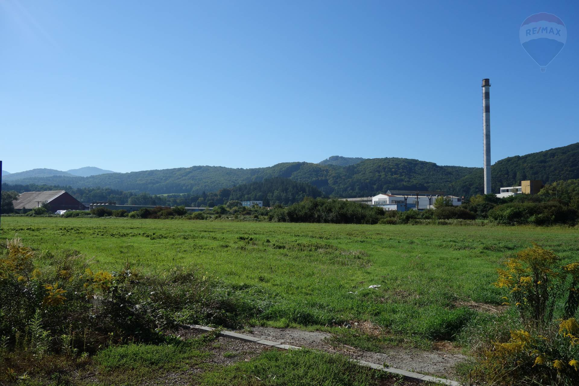 Predaj: pozemok na komerčnú výstavbu v priemyselnej zóne