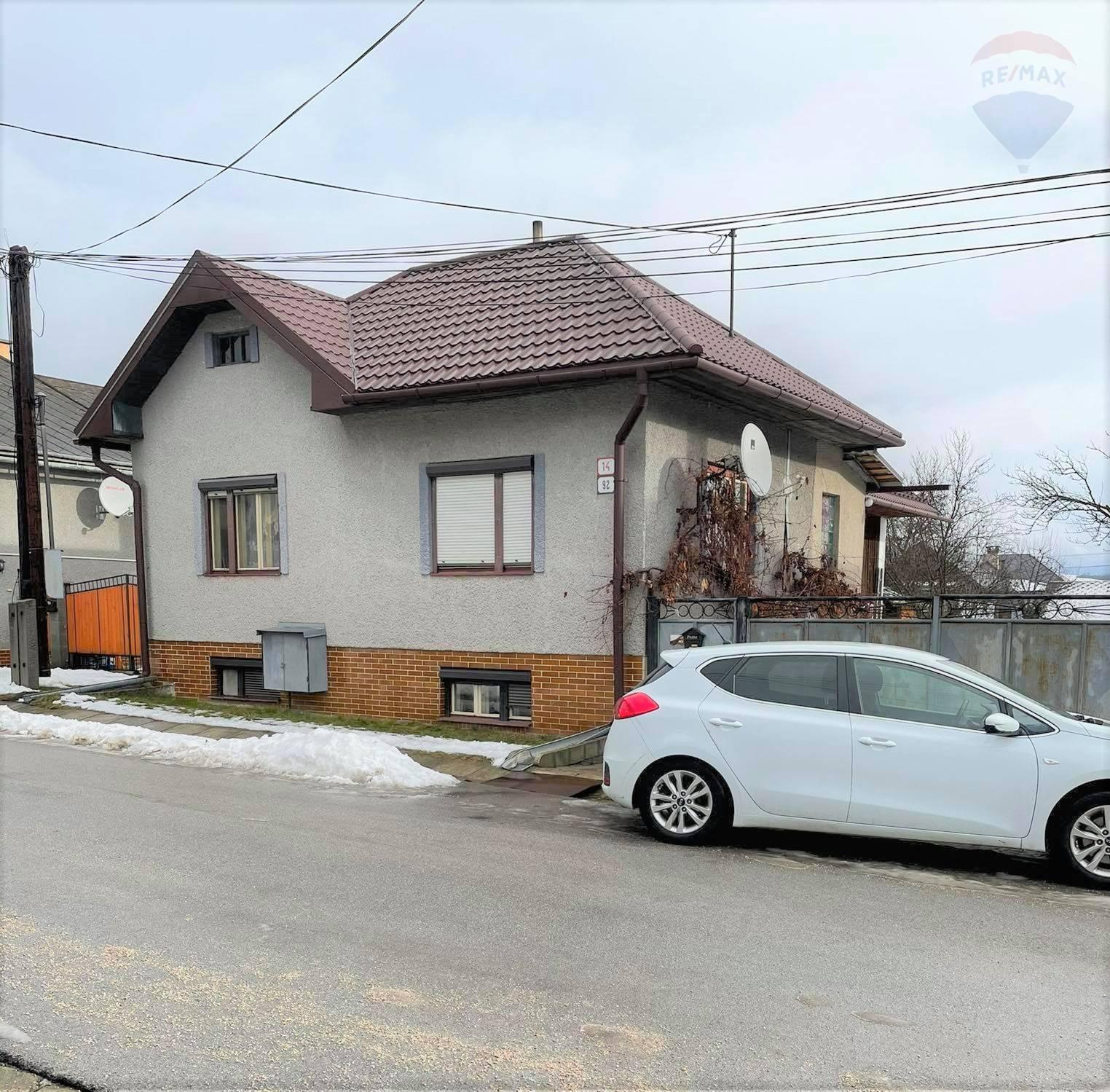 Predaj: Rodinný dom v tichej slepej ulici obce Polomka
