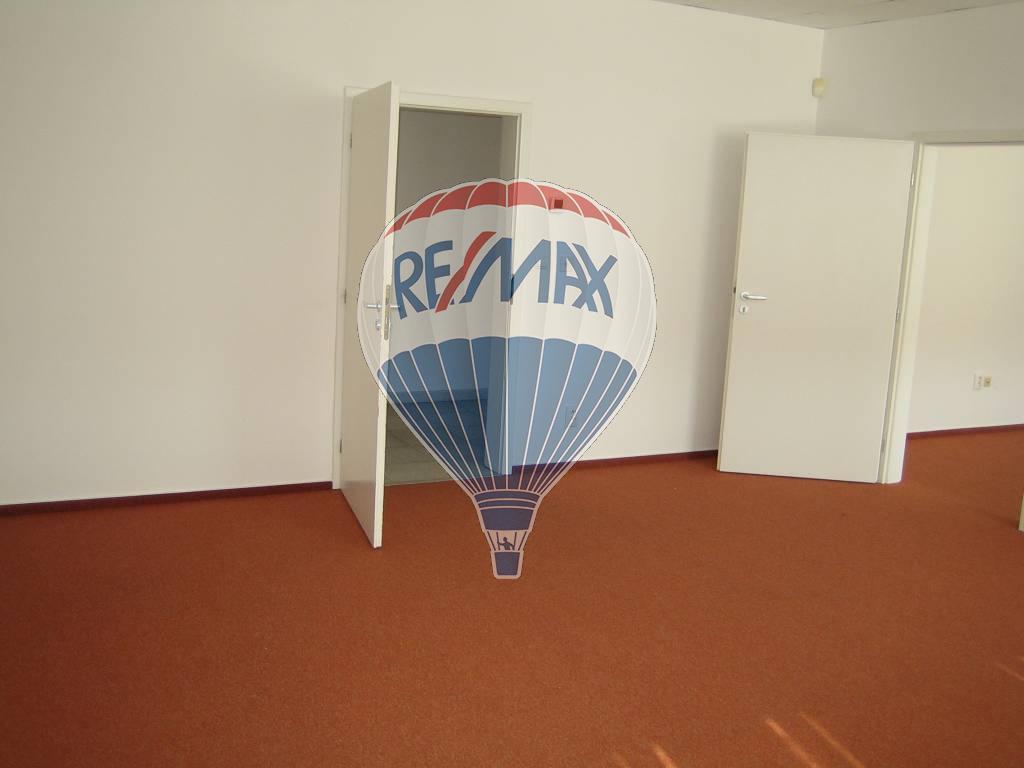 Prenájom komerčného priestoru 47 m2, Trnava -