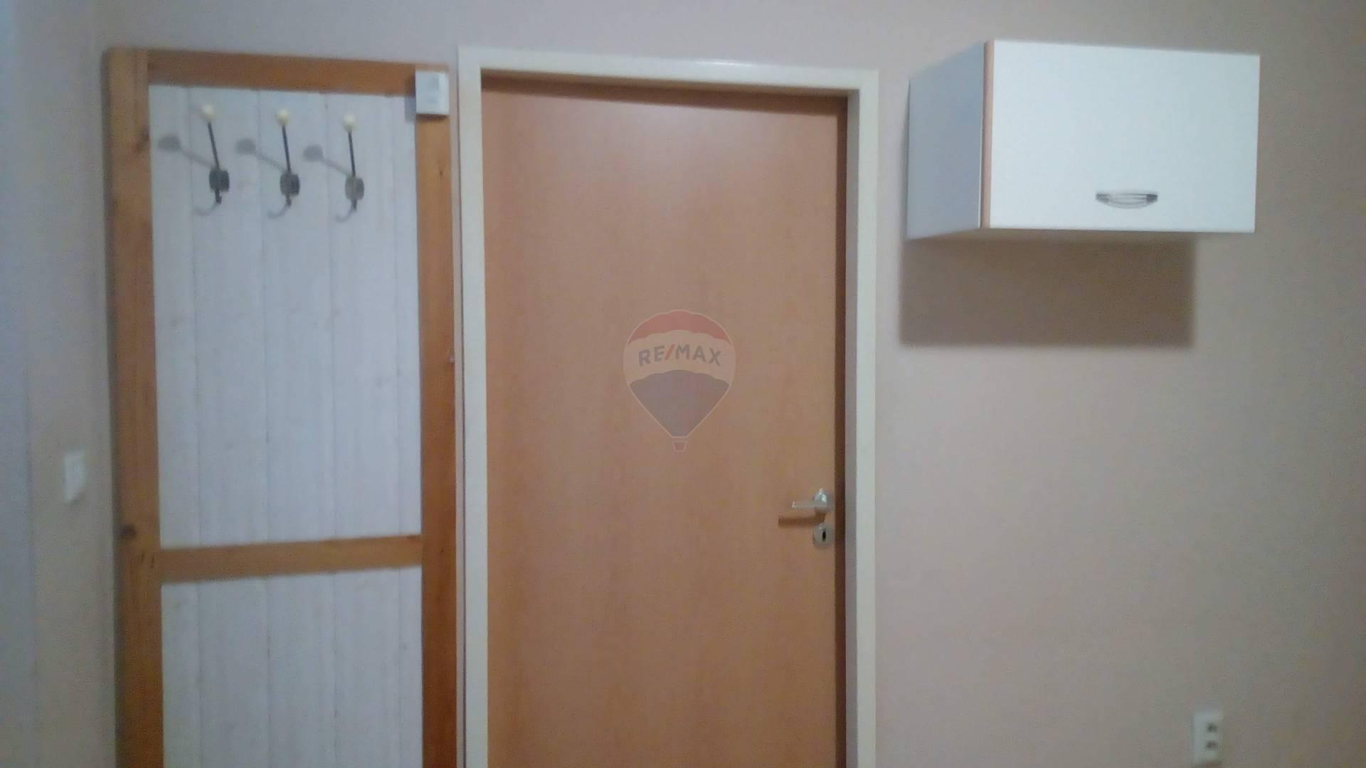 Predaj domu 240 m2, Trnava - vchod