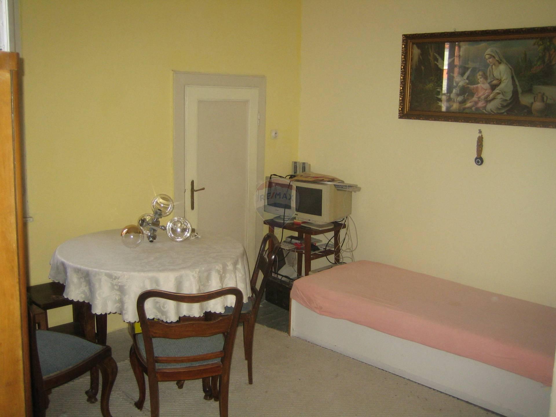 Predaj domu 240 m2, Trnava - izba
