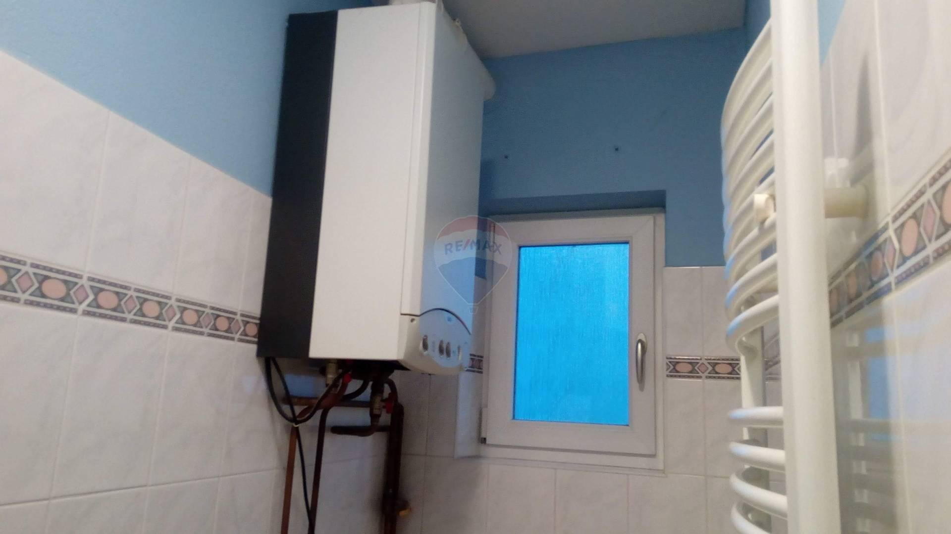 Predaj domu 240 m2, Trnava - kotol, kúpelňa