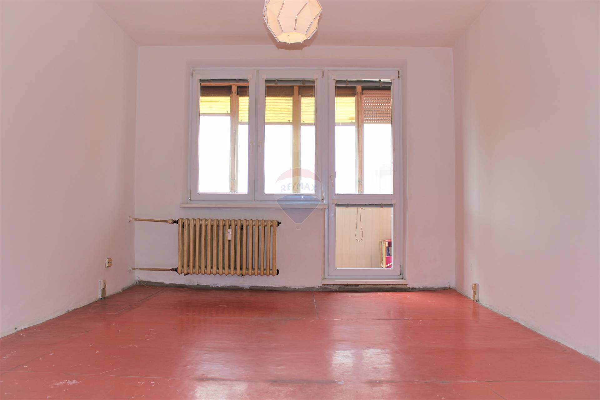 =RE/MAX= Na predaj 3 izbový byt, Jiráskova ulica