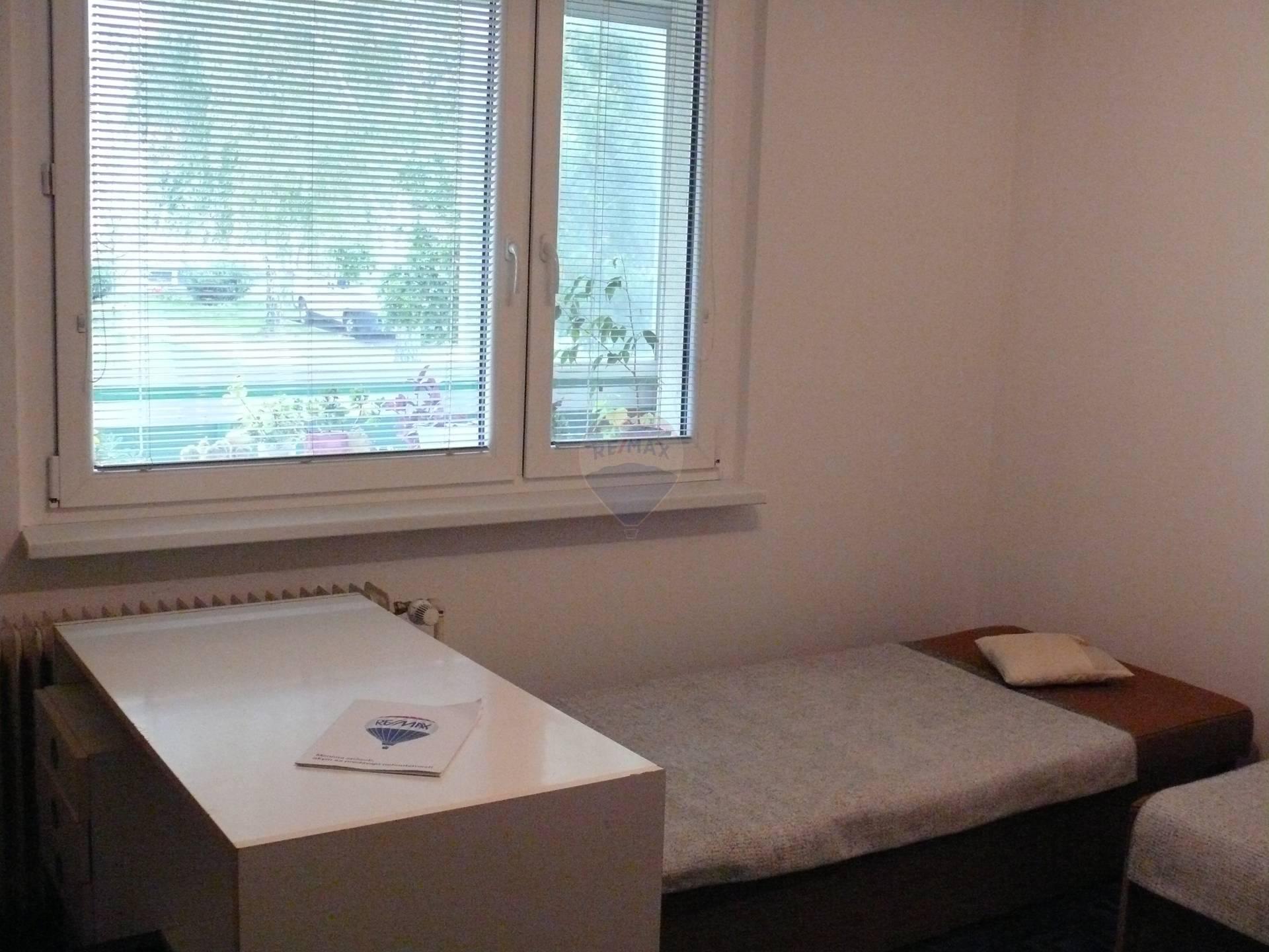 Prenájom 1 izby, v Trnave