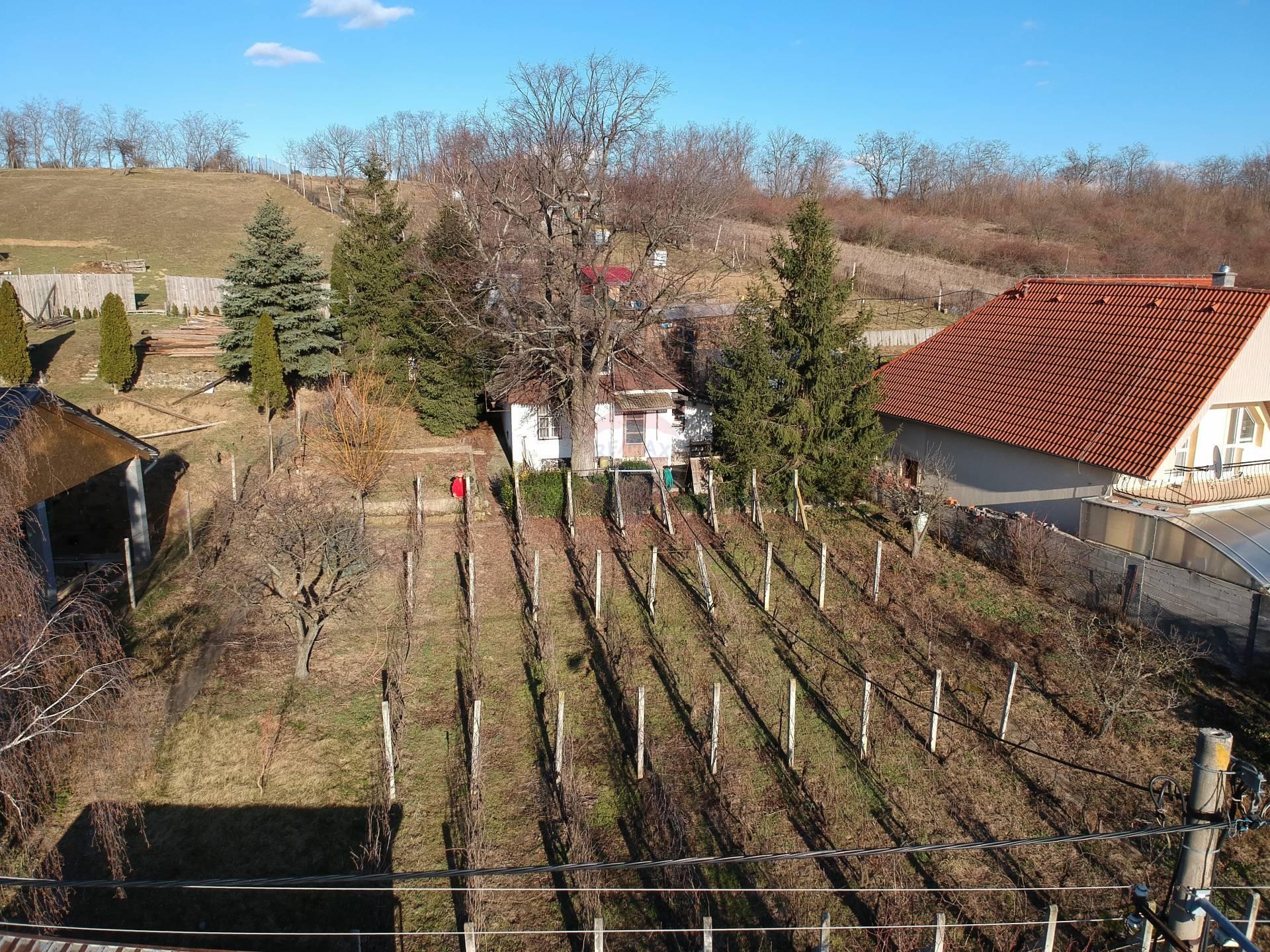 =RE/MAX= Na predaj nádherný pozemok v lukratívnej časti, Suchá nad Parnou, 1.000 m2