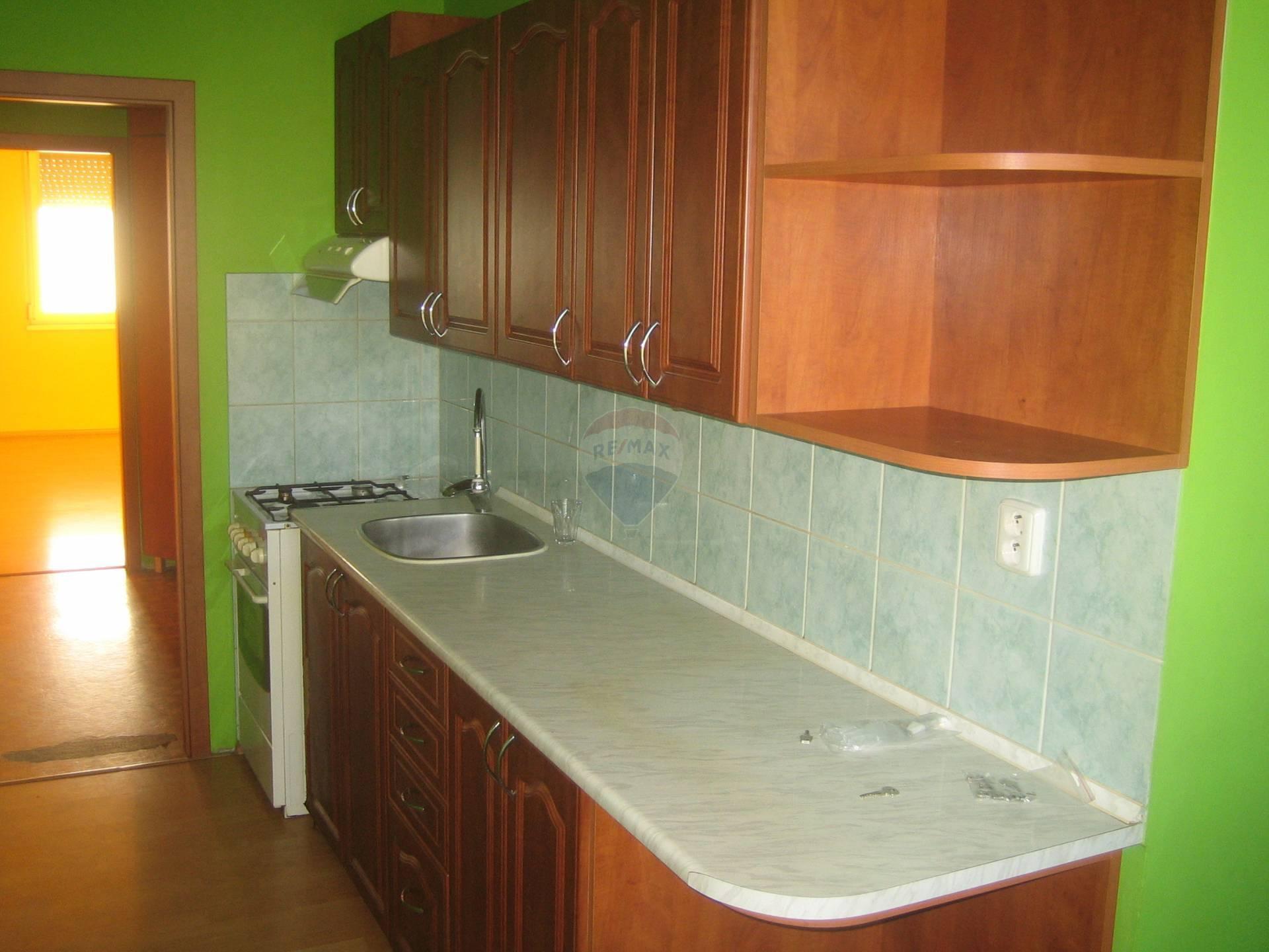 =RE/MAX prenájom nehnuteľnosti, 2 izbový byt, Trnava