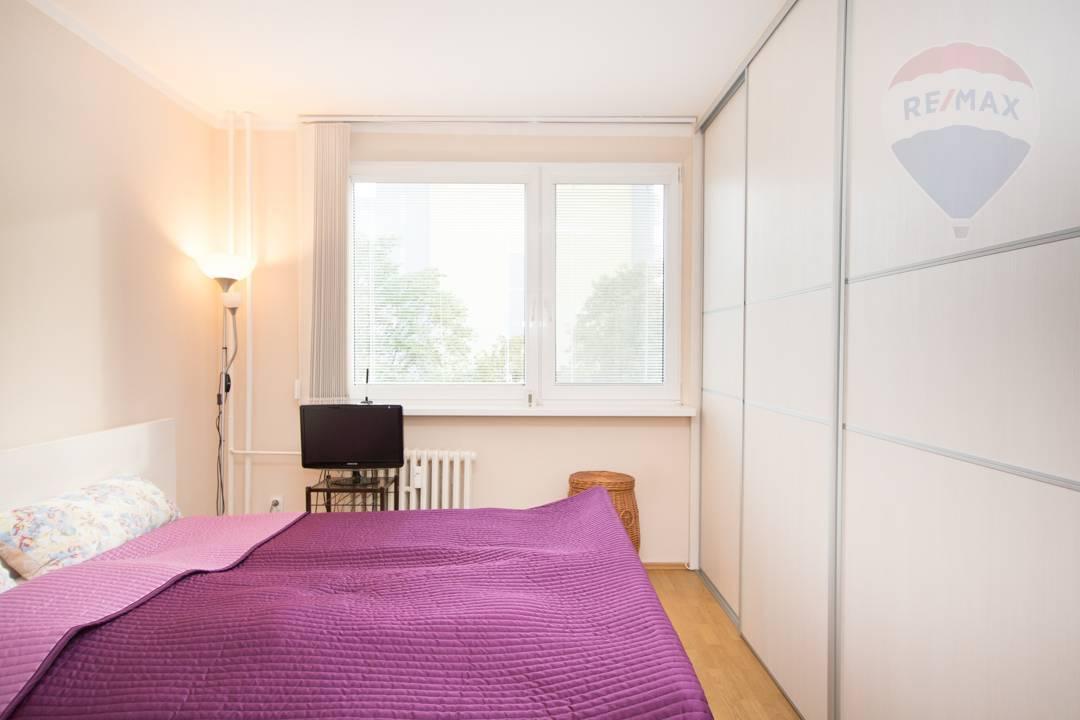 Na predaj 2-izbový byt, Kpt. Jána Rašu, Dúbravka, Bratislava