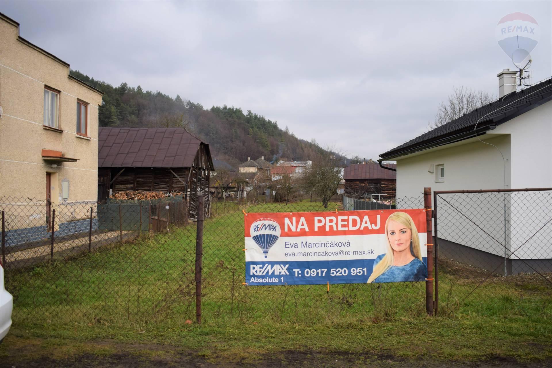Pozemok v obci Kochanovce, na predaj.