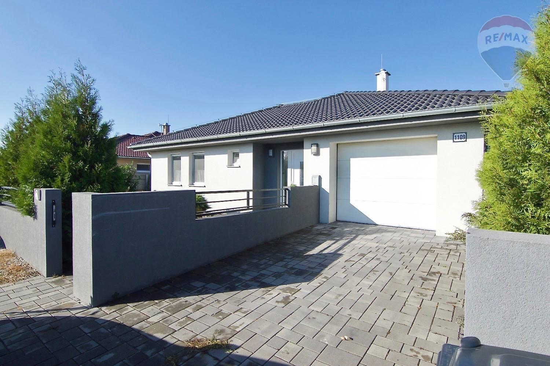 Na prenájom: 4-izbový moderný rodinný dom v obci Hviezdoslavov