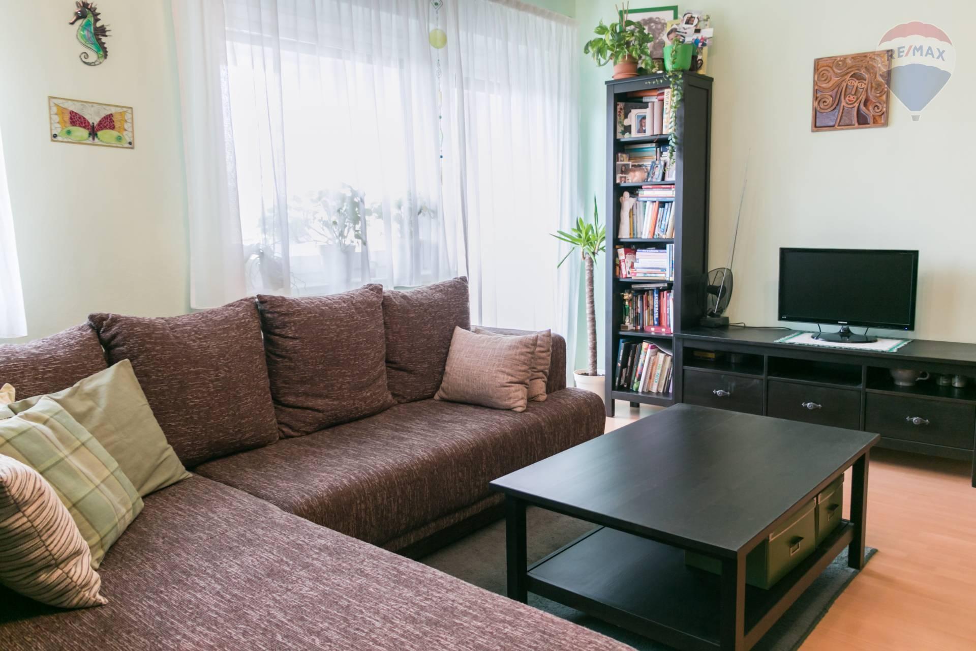 *** SUPER PONUKA *** 2 izbový byt s loggiou v Miloslavove