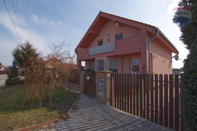 Na predaj rodinný dom Gajary