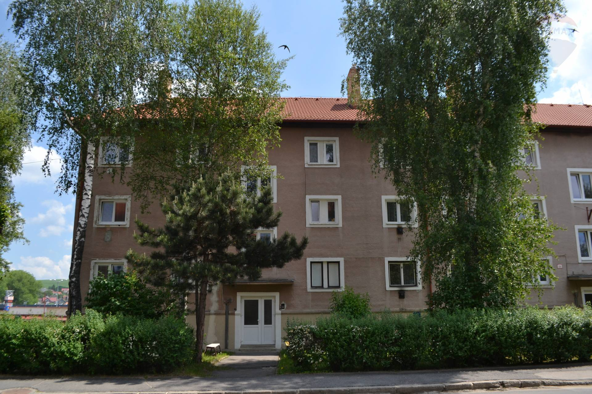 !! REZERVOVANÉ!! RE/MAX ponúka na predaj tehlový, veľký 2-izbový byt, ul. Gen. Štefánika, Kežmarok