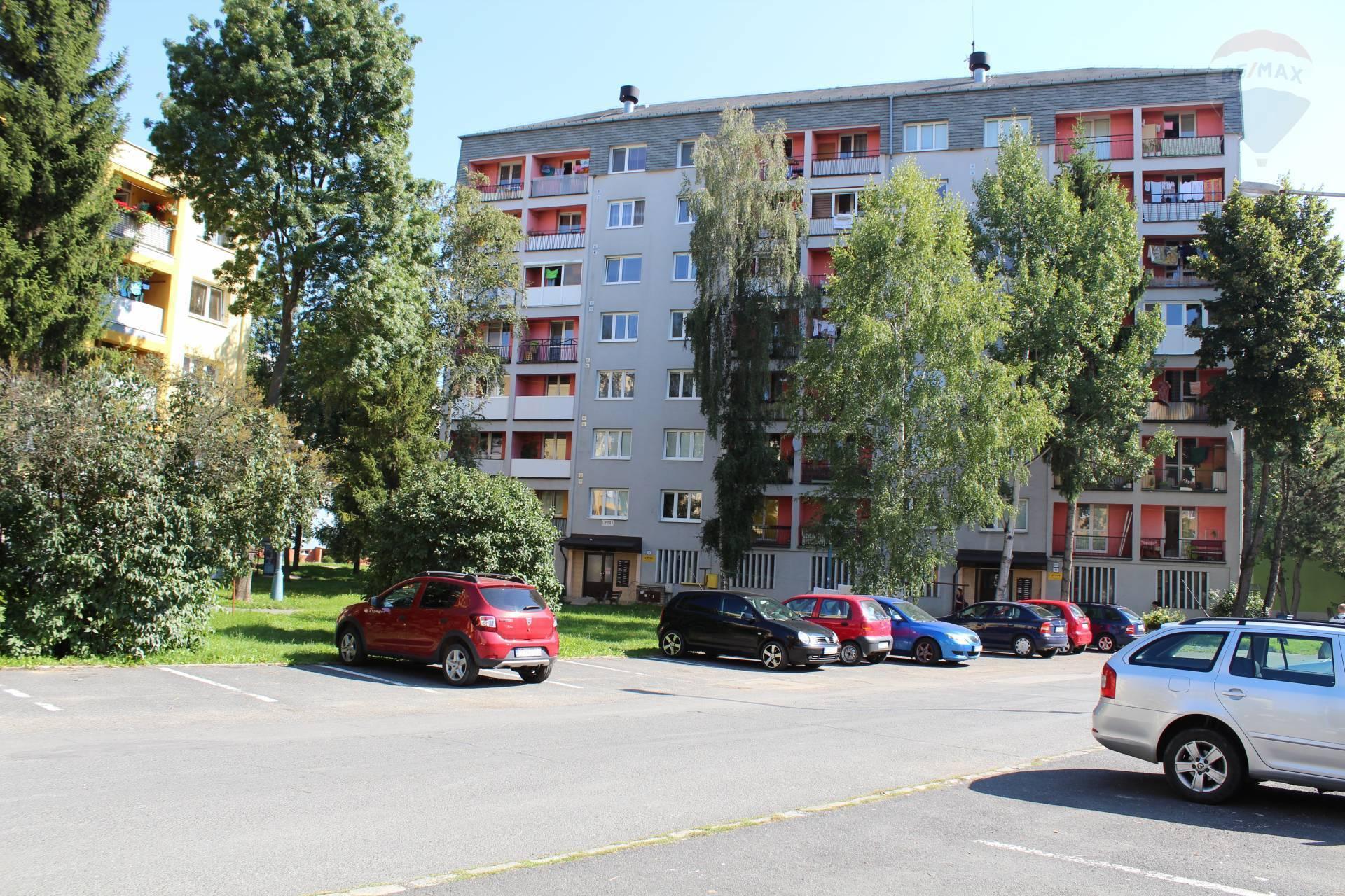 Prenájom, 2 izb. byt s lodžiou, ul Štúrova, Poprad, Západ