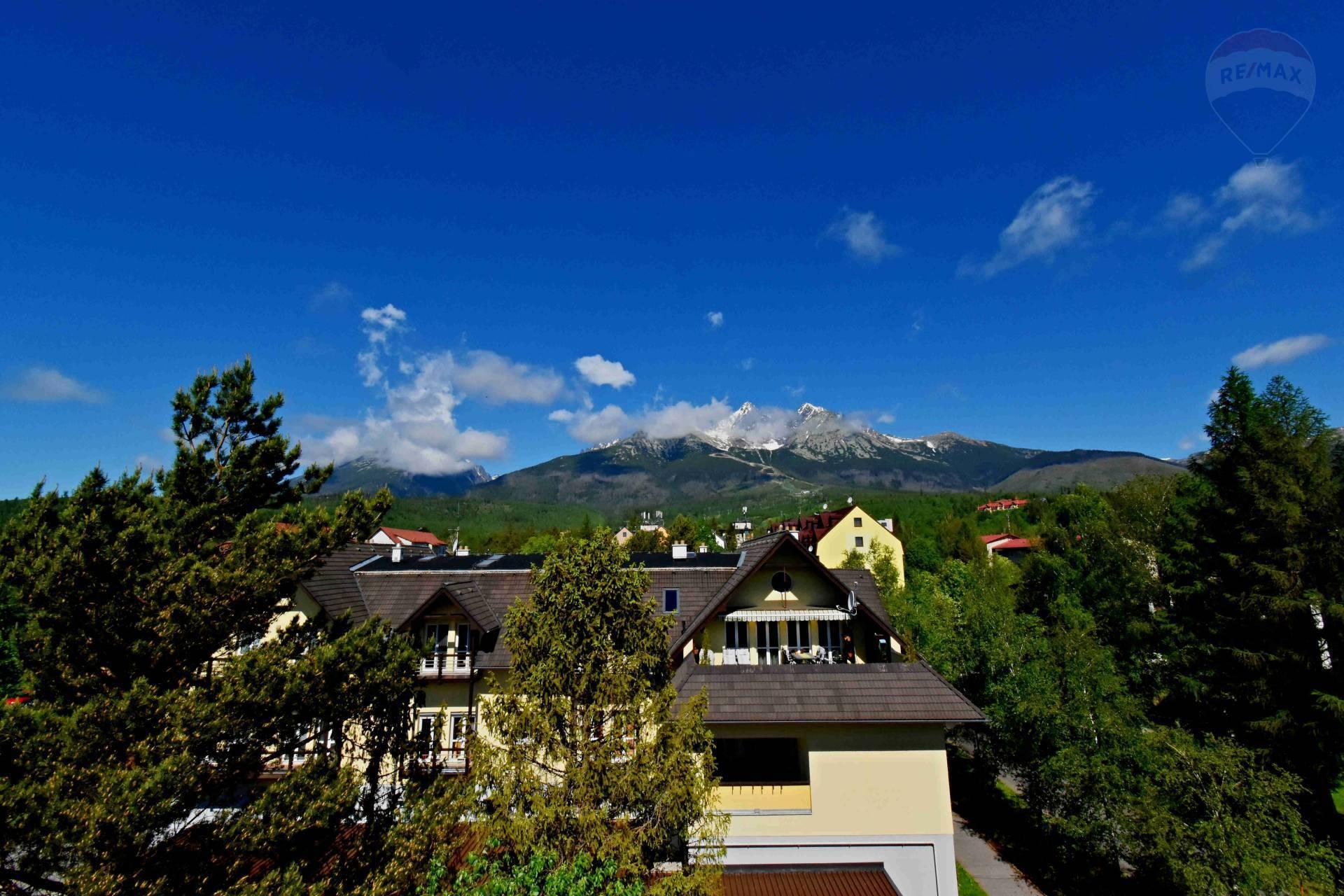 Na predaj 4-izbový mezonet, Tatranská Lomnica, výťah, balkón