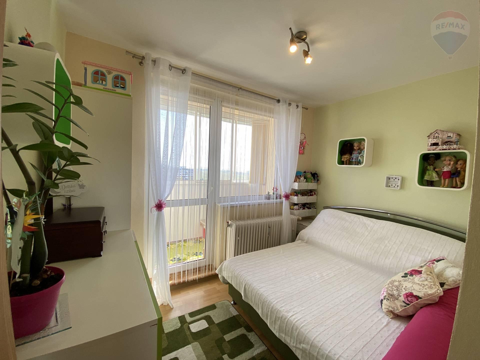**REZERVOVANÝ** Predaj 1-izbový byt, loggia, 40,49 m2, v Poprade, ul. Rázusova