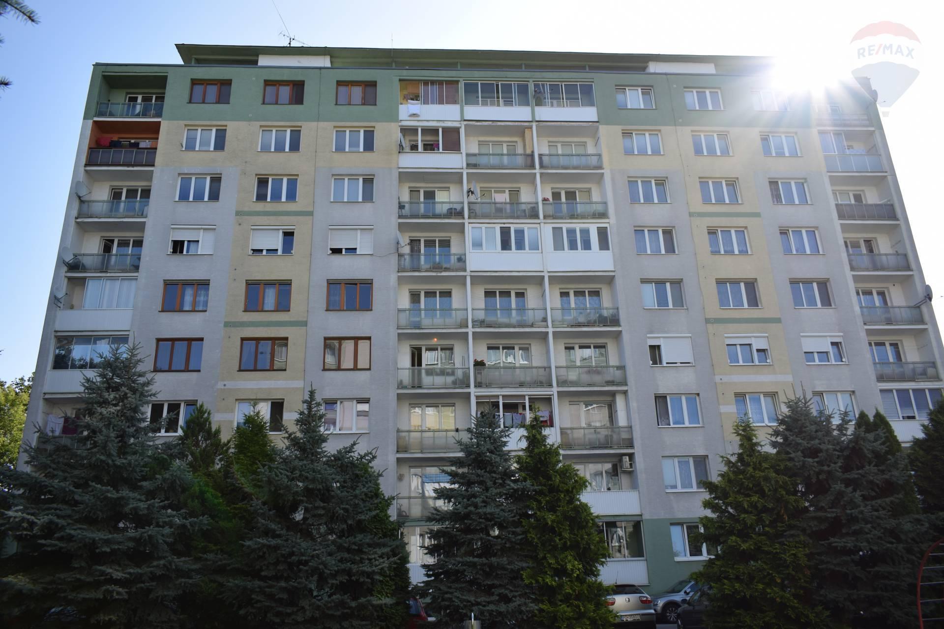 Na predaj 3 izbový byt na Sídlisku II v Prešove na ulici Obrancov mieru