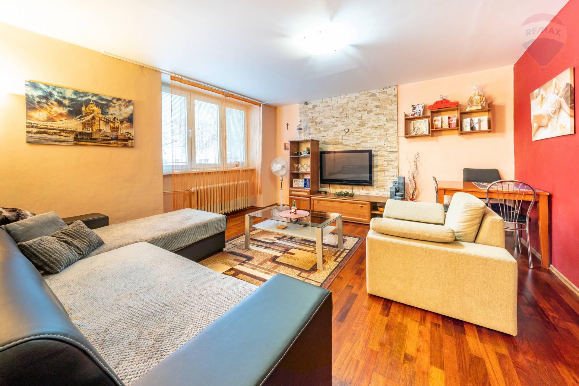 2 izbový byt na prenájom, Námestie 1. mája, Prešov