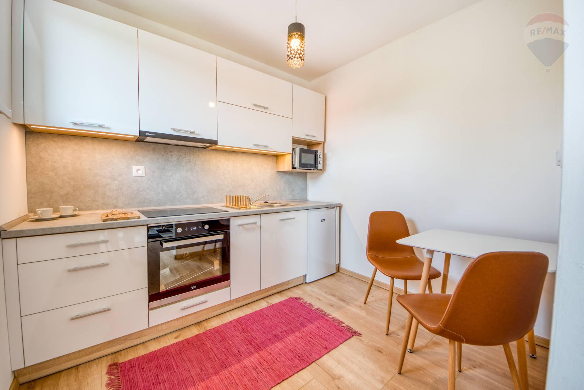 Moderný 1 izbový byt na prenájom, ulica Tarasa Ševčenka, Prešov