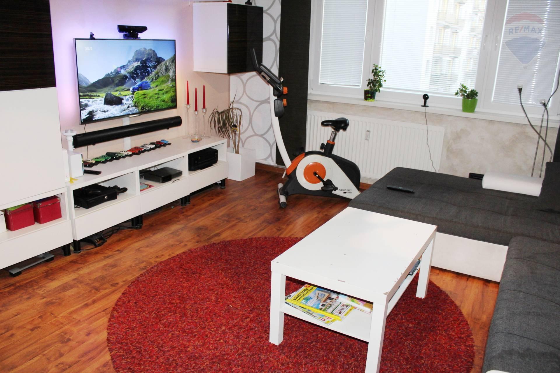 Veľkometrážny 2-izb. byt 69 m2  s loggiou, Ľanova, Ružinov