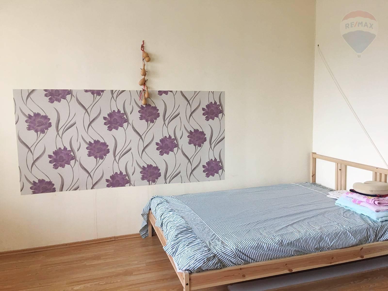 Samostatná izba zač. Petržalky 16 m2 + loggia