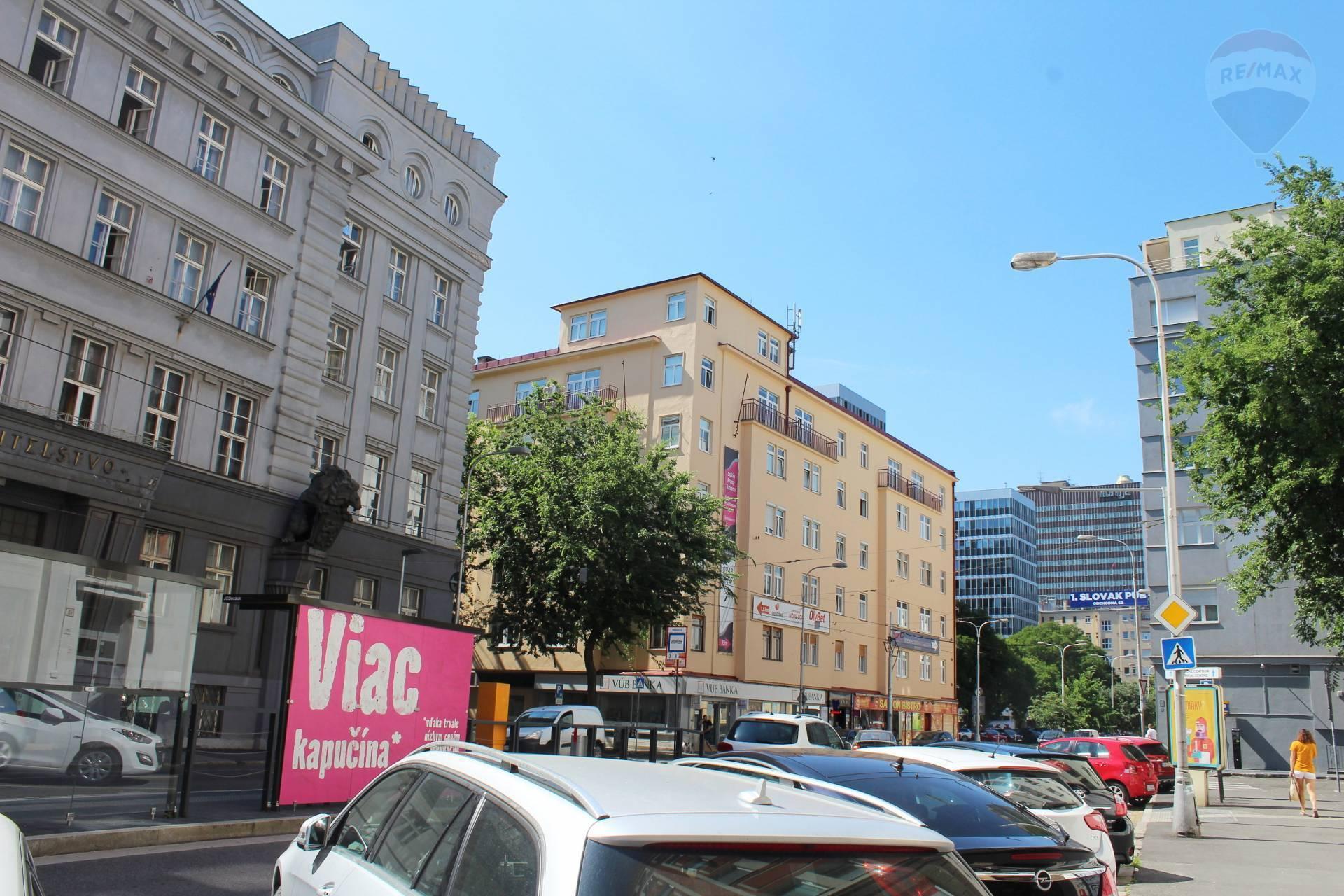 Prenájom 2-izbový byt  (95 m2) s garážou na Špitálskej ulici