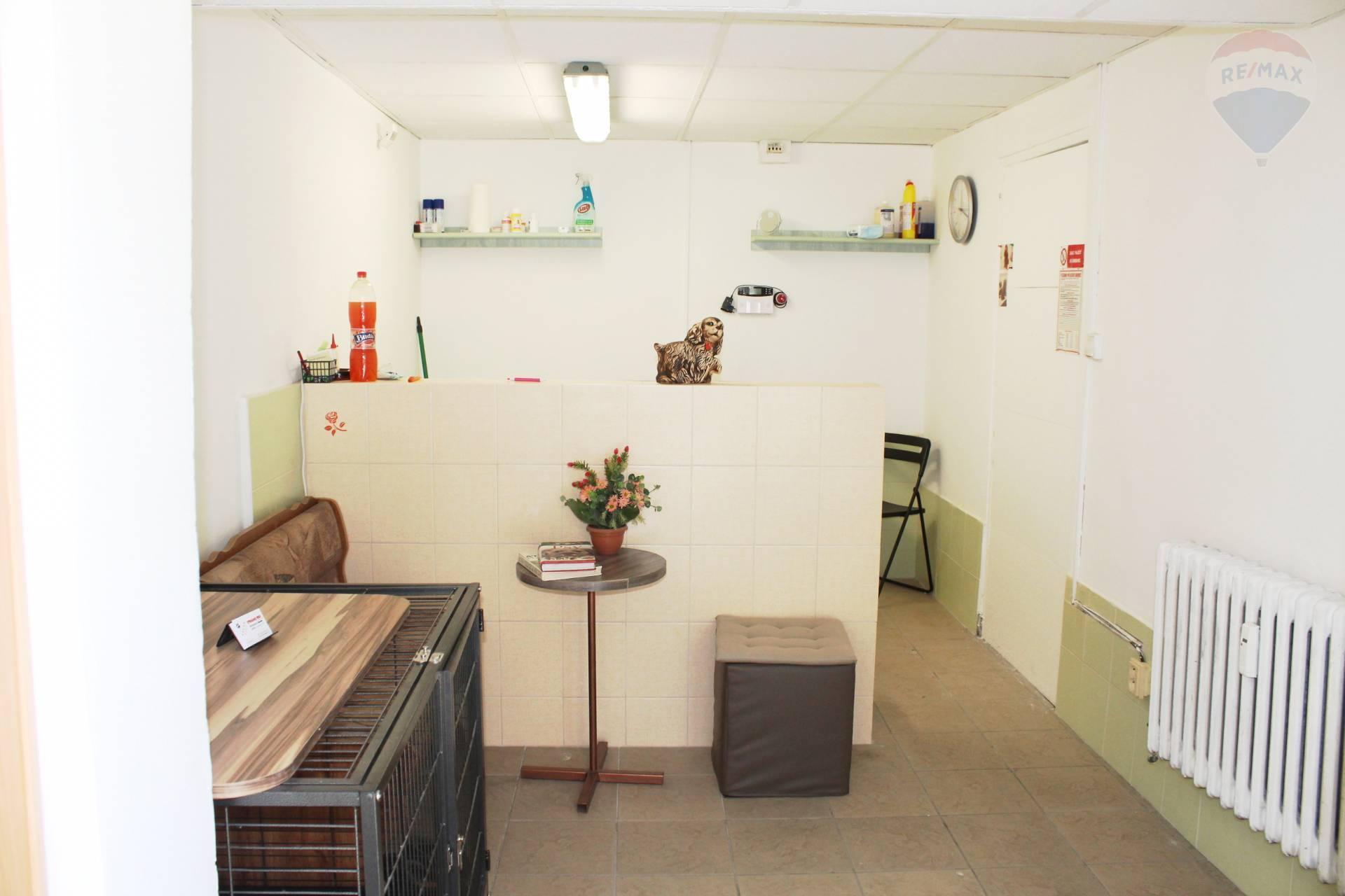 Predaj, nebytový priestor 10,75 m2, Bratislava - Petržalka