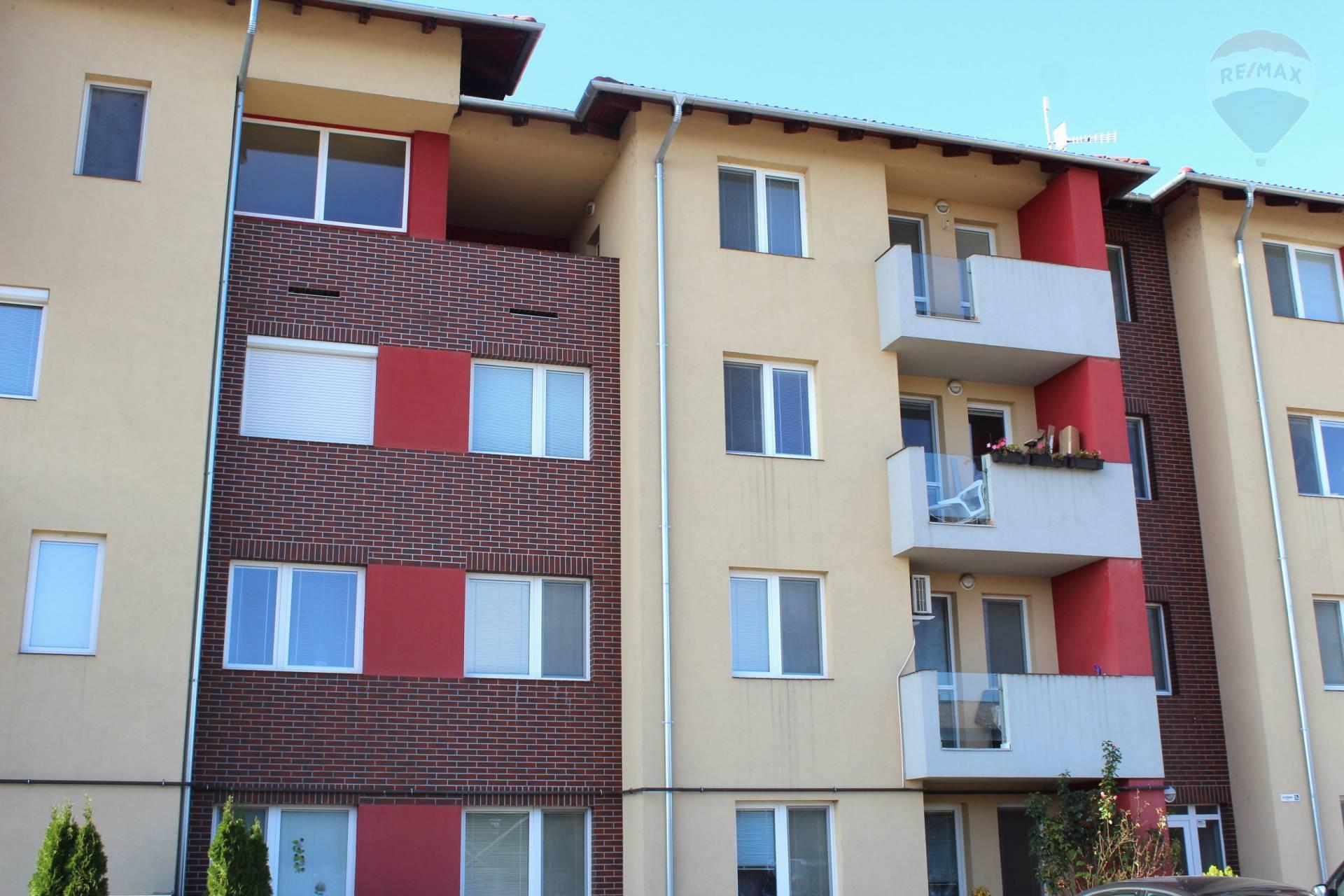 Predaj 4 izbový slnečný byt s 2 loggiami v Rajke