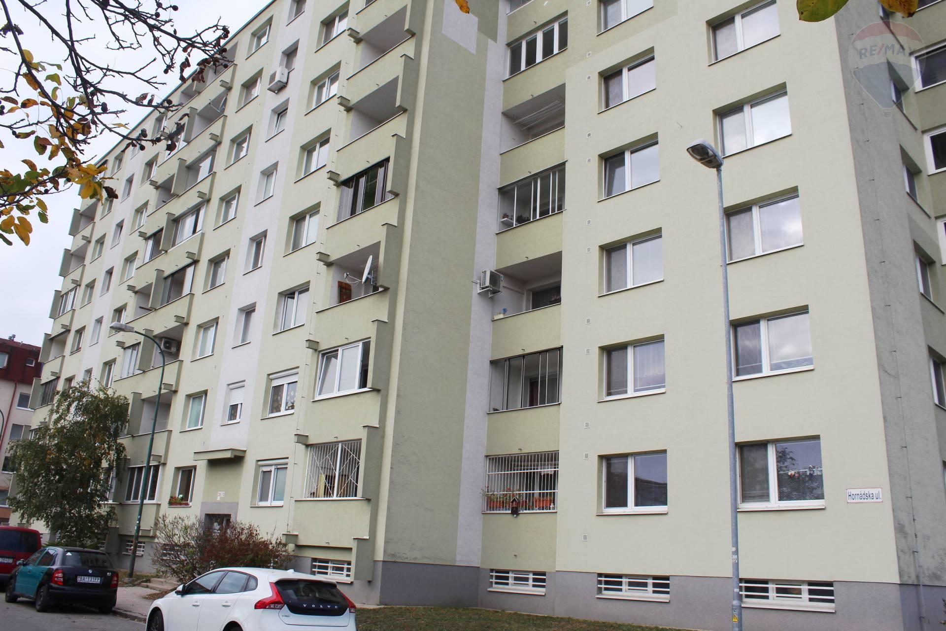 Predaj, 3-izb. byt (70 m2), cena vrátane provízie, pôvodný stav, Hornádska ul.