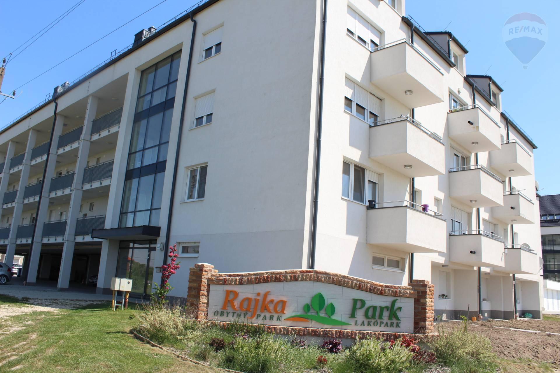 Predaj 3 izbový slnečný byt v skolaudovanej novostavbe s krytým park. státim