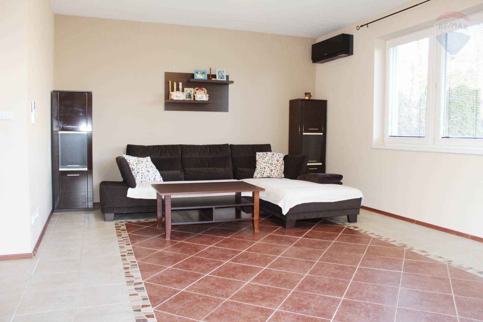 Predaj domu 211 m2, Bratislava - Nové Mesto -