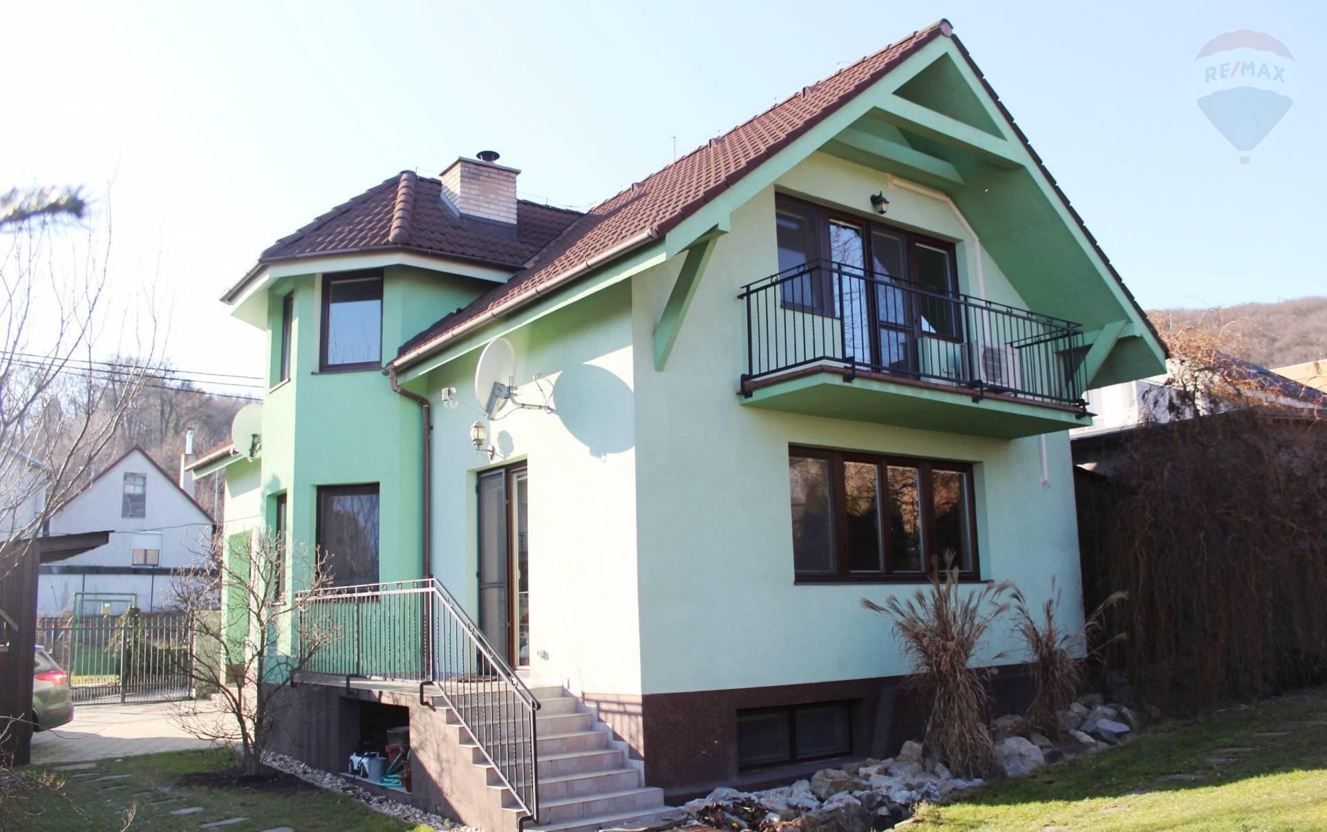 Predaj, 4-izb. RD (211 m2), v lukratívnej lokalite Ahoj - mestská časť Nové Mesto