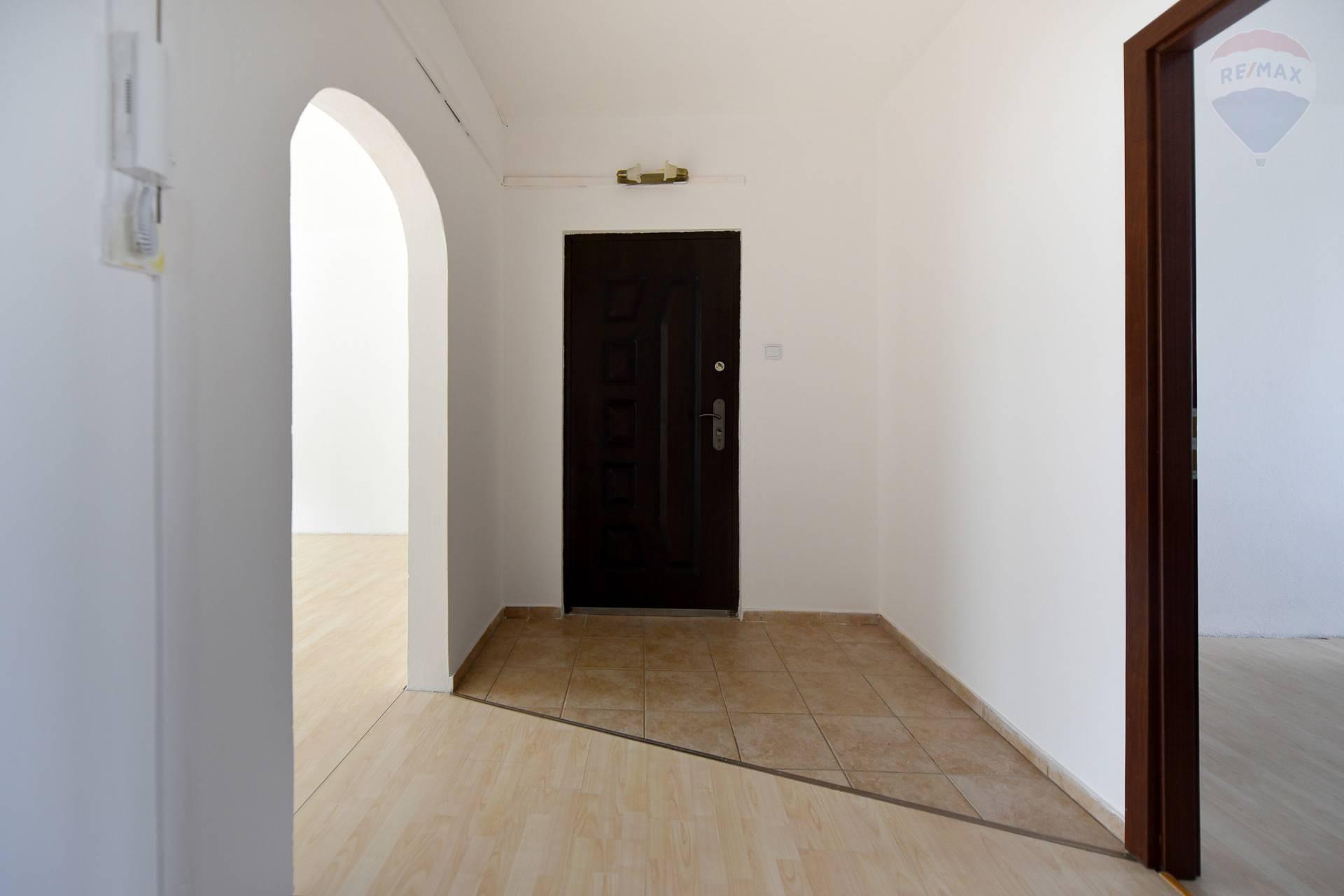 Predaj bytu 3+1, 70m2, ul. Murániho, Nitra