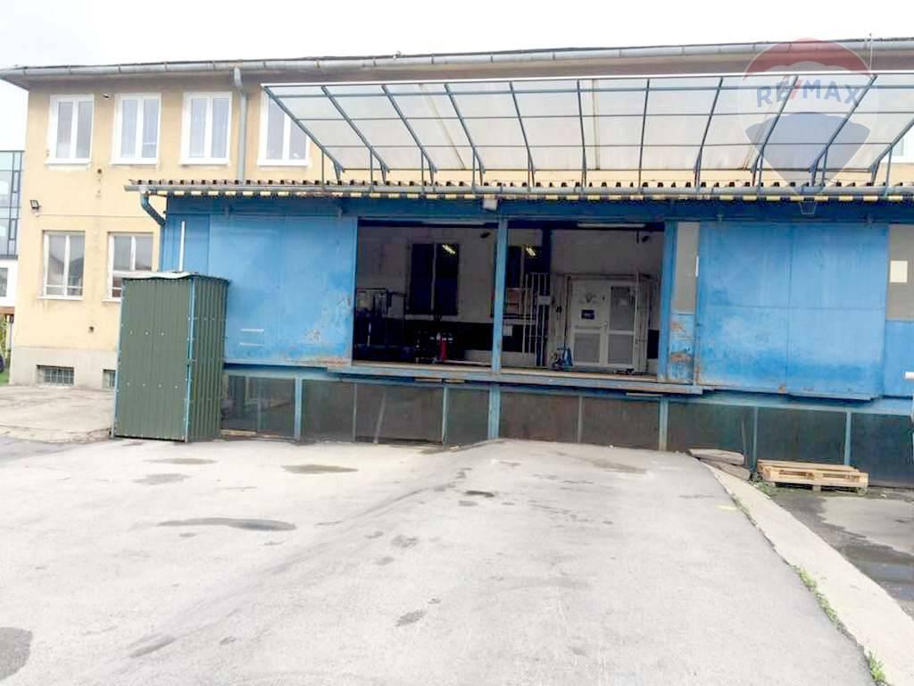 Na prenájom: vykurované skladové priestory 220 m2, Dunajská ulica, Košice - Juh