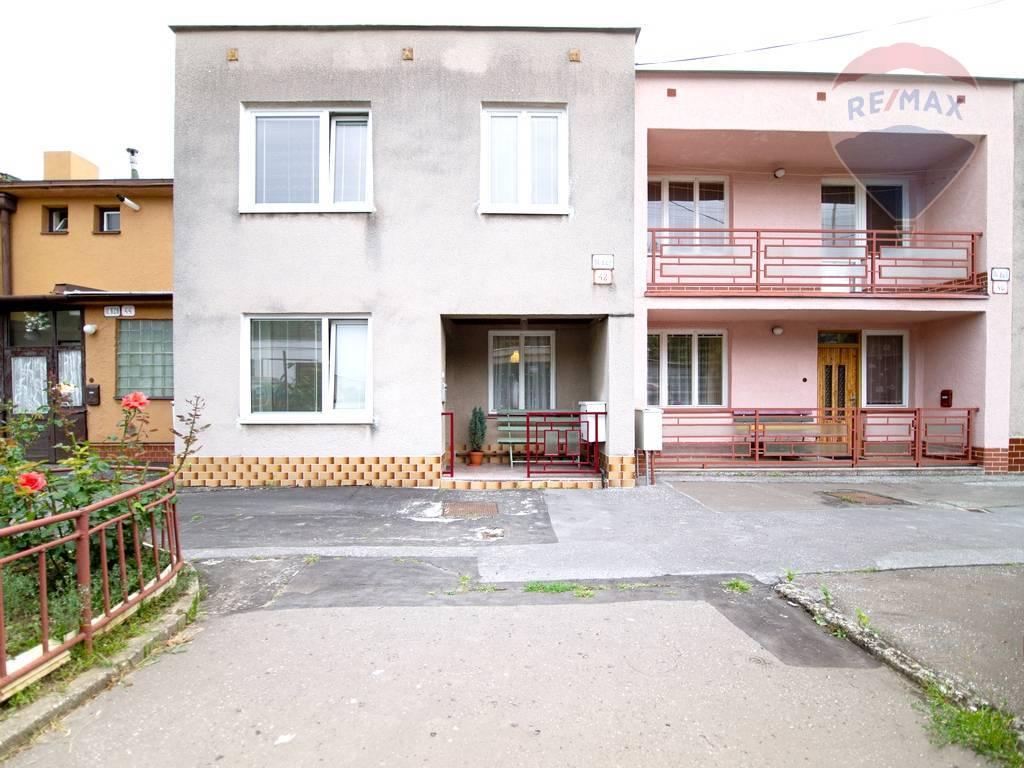 Na predaj: radový rodinný dom, Lomnická ulica, Košice sever - Podhradová