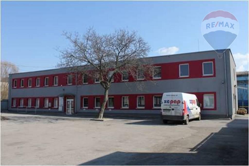 Kancelárske priestory v širšom centre, Pri bitúnku