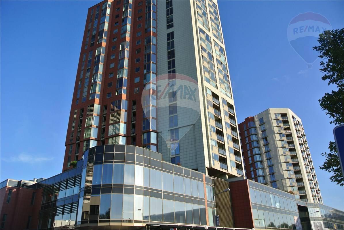 Prenájom bytu (2 izbový) 80 m2, Bratislava - Petržalka -