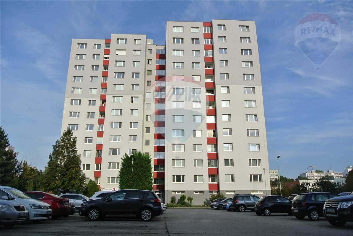 Prenájom 3 izbového bytu v Bratislave