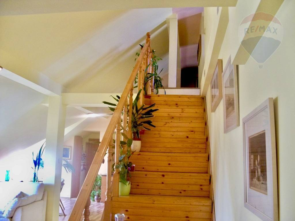 Predaj bytu (4 izbový) 132 m2, Bratislava - Staré Mesto -